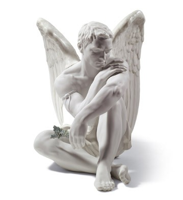 Lladro Porcelain Protective Angel sculpted by Ernest Massuet